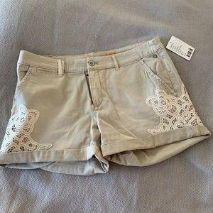 Anthropologie (Pilcro) NWT khaki chino shorts